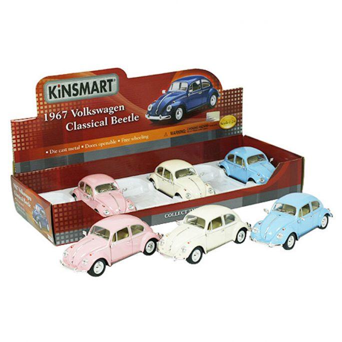 Rosa Leksaksbil 1967 Volkswagen Classical Beetle. Rosa VW Bubbla leksaksbil. Skalenlig leksaksbil i skala 1:24. Finns i flera olika färger. Beställ retro leksaksbilar på LillaFilur.se