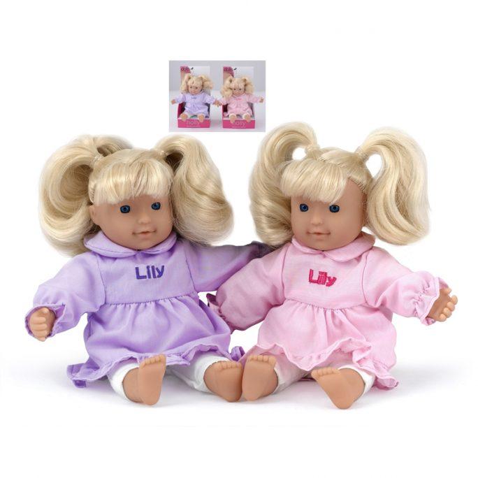 Mjuk docka med hår. Docka med mjuk kropp. Storlek 20 cm. Passar barn från 1 år. LillaFilur.se
