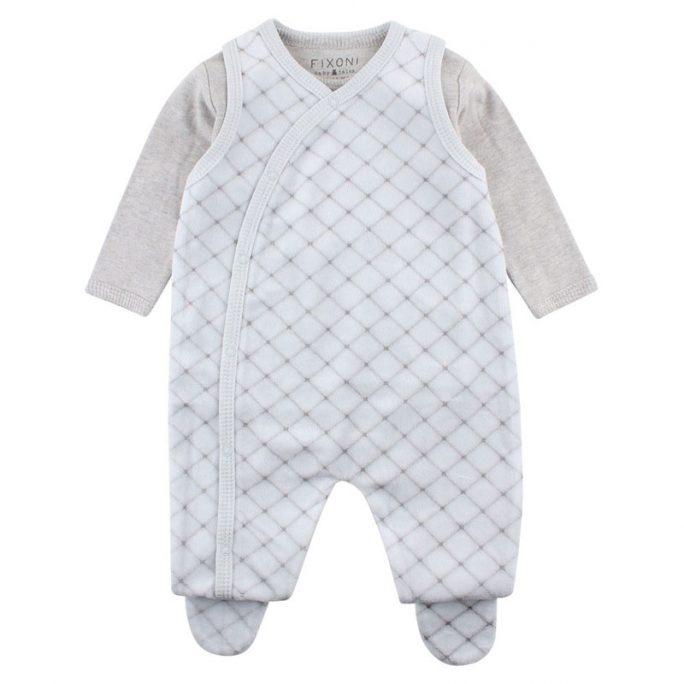 Fixoni sparkdräkt baby med fötter. Mjuk sparkdräkt i velour och matchande body. Babykläder storlek 50, 56, 62, 68, 74. Beställ sparkdräkt baby på LillaFilur.se