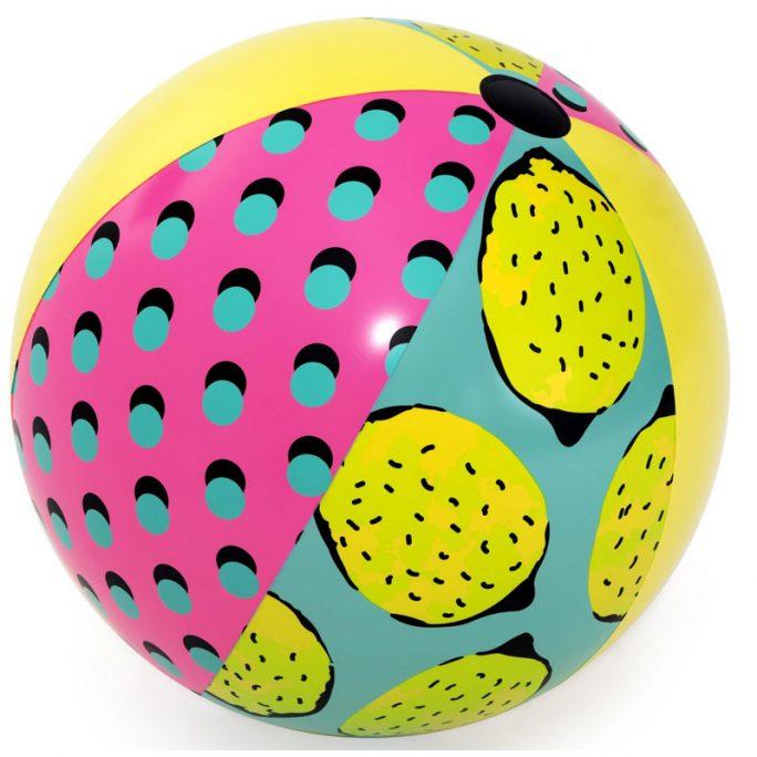 Gigantisk stor badboll 122 cm diameter. Beställ uppblåsbara badleksaker för vuxna och barn på LillaFilur.se