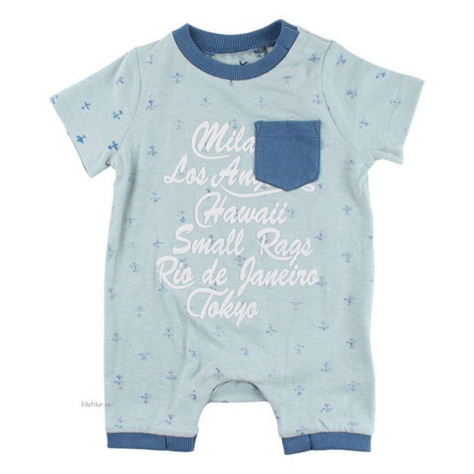 Kortärmad pyjamas baby. Babypyjamas med korta ärmar och korta ben. Pyjamas baby storlek 50, 56, 62, 68, 74. Från Small Rags babykläder. LillaFilur.se