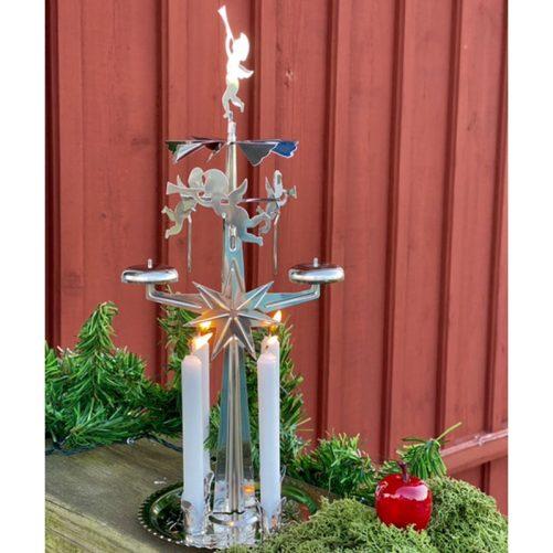 Angel Chimes, svensk ljusstake änglar. Traditionellt Änglaspel Silver inkl 4 st ljus för änglaspel. Designad av Eric Boberg 1948. Köp änglaspel på LillaFilur.se