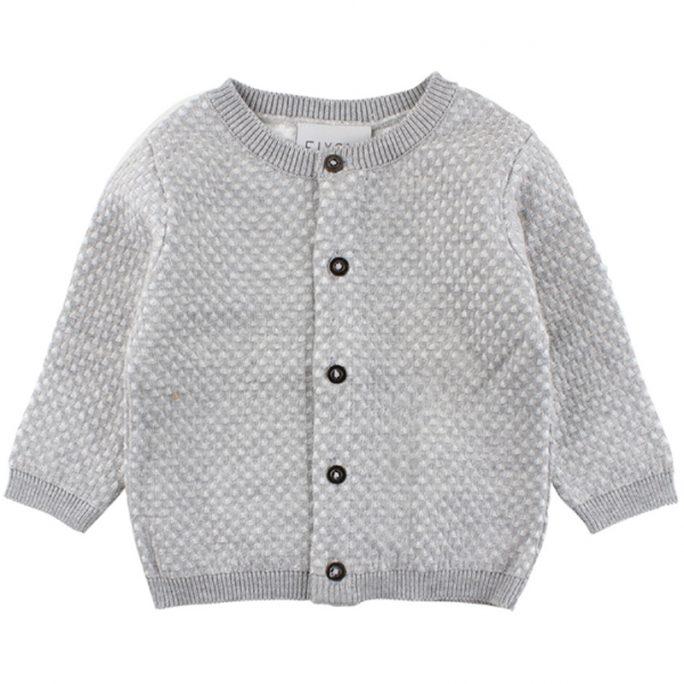 Stickad tröja med knappar baby Fixoni. Babykläder storlek 62 och storlek 68. Beställ babykläder unisex hos Lilla Filur.