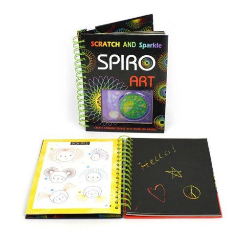 Pyssel för barn med spiral för att göra fina mönster. Rolig leksak med scratch papper med svarta papper för att göra fina mönster. Beställ på LillaFilur.se