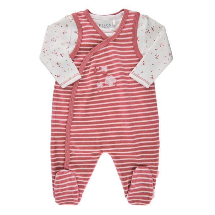 Prematur kläder storlek 44 små babykläder. Velourpyjamas, sparkdräkt och body i matchande rosa set. Beställ små babykläder på LillaFilur.se