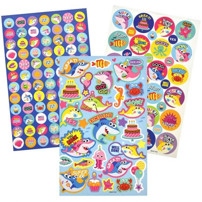 Klistermärken med positiva budskap för alla som behöver muntras upp. Reward Stickers med över 250 st klistermärken storpack. Beställ stickers storpack på LillaFilur.se