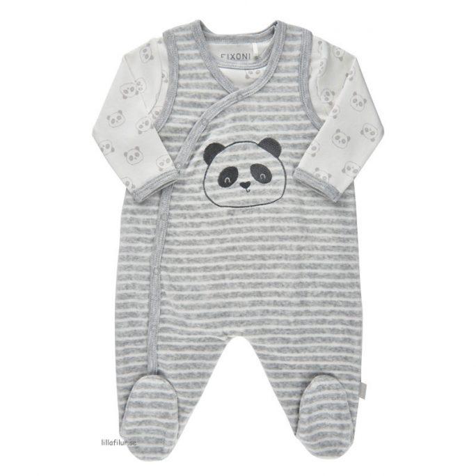 Fixoni Sparkdräkt med fot för nyfödd baby. Sparkdräkt omlott och body storlek 50, 56, 62, 68, 74 cl. Beställ babykläder velour på LillaFilur.se