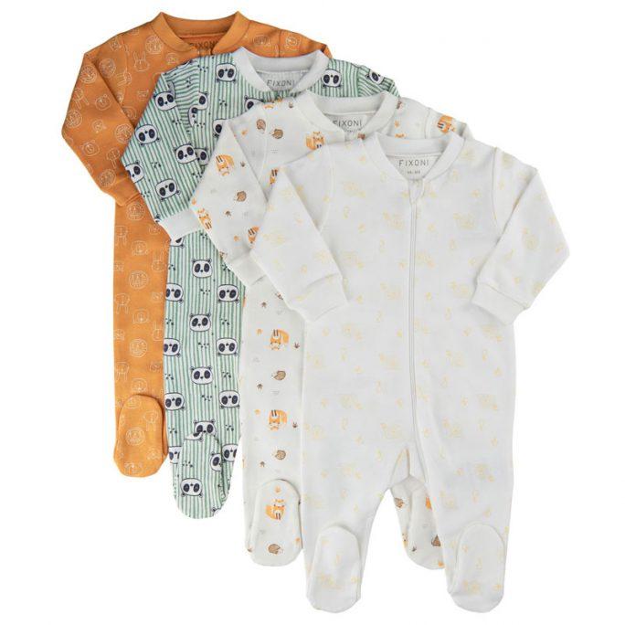 Pyjamas nyfödd med fot och dubbel dragkedja. Baby pyjamas storlek 50, 56, 62, 68, 74. Pyjamas baby vit, rosa eller blå. Köp ekologiska babykläder på LillaFilur.se