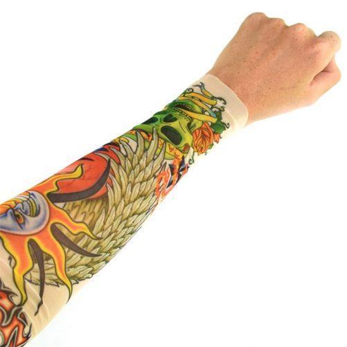 Låtsastatuering vuxen barn sleeve helarm. Finns flera olika motiv på tatuering. Mer tillfälliga tatueringar vuxen och barn på LillaFilur.se