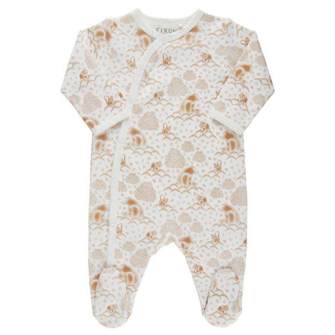 Köp prematur vit pyjamas med fötter storlek 44 på Lilla Filur. Vi har prematur kläder pippi, fixoni, geggamoja, småfolk, name it, joha, Lilla Filur.